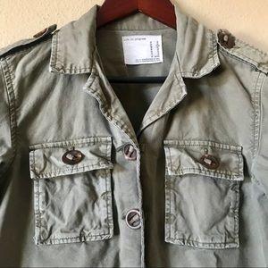 LIFE IN PROGRESS Army Green Jacket